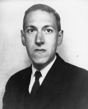 Lovecraft,_June_1934.jpg
