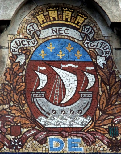 fluctuat-nec-mergitur_resized.jpg