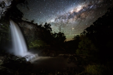 Milky-Way-Galaxy-Waterfall.jpg